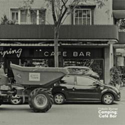 Blumer, Fridolin: Camping; Cafe Bar